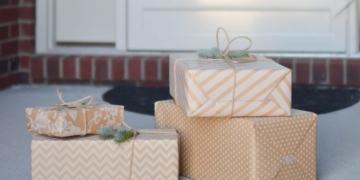 Amazon Service- Pakete direkt ins Haus liefern lassen