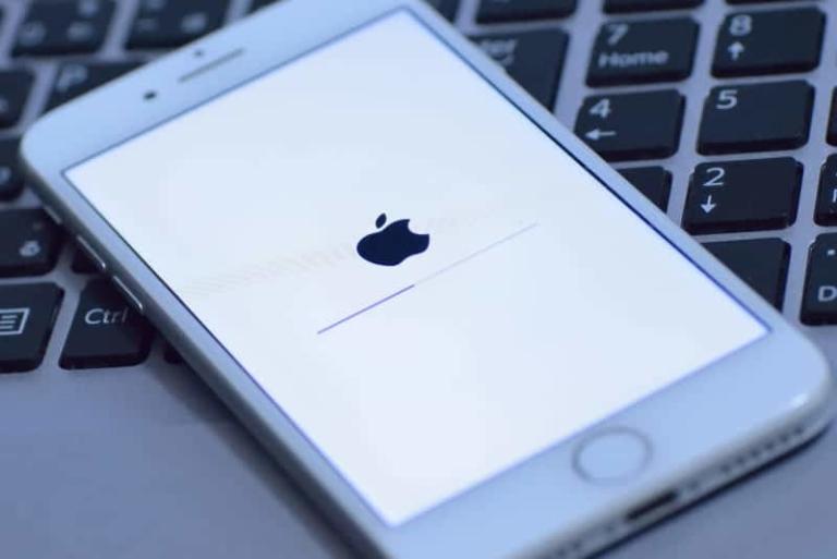 Die neueste iOS Version 12.1.3 führt offenbar erneut zu Verbindungsproblemen bei den iPhone-Nutzern.
