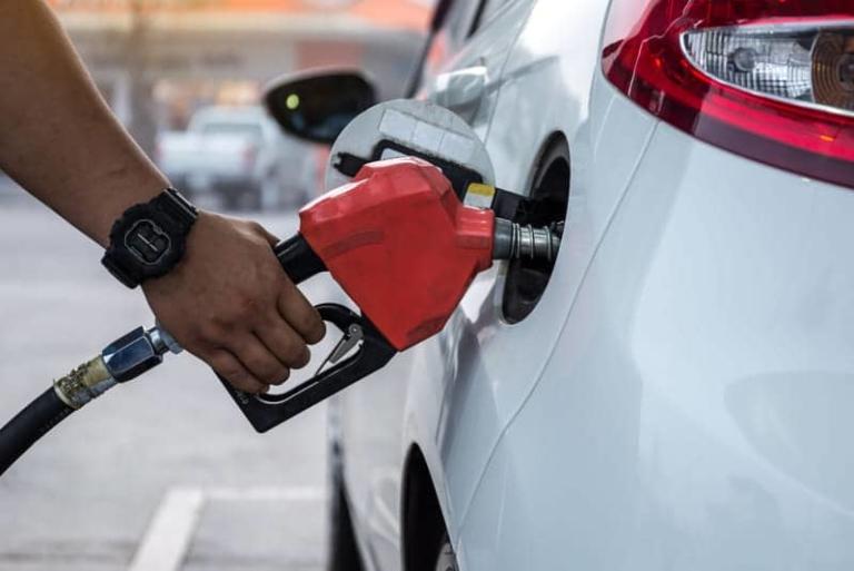 Schweden plant in naher Zukunft benzin- und dieselangetriebene Fahrzeuge von den Straßen zu nehmen.