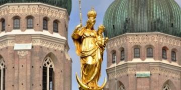 Münchner Frauenkircheals als Coverbild mit regionalem Bezug