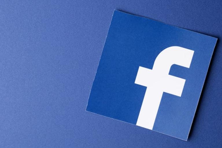 Facebook möchte den Journalismis in den USA sowie International mit einer Spende von 300 Millionen Dollar unterstützen.