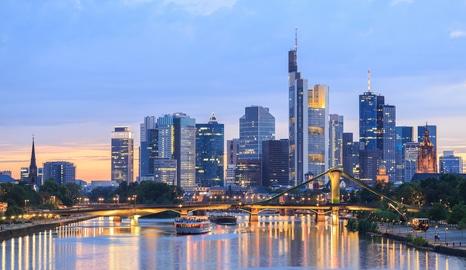 Frankfurt-Am-Main-zugeschnitten