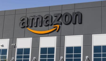 """Amazon konnte im """"Global Powers of Retailing""""-Report 2019 seine Position in den Top-10 um zwei Plätze im Vergleich zum Vorjahr verbessern."""