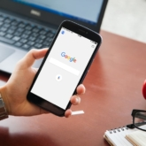 Online Marketing Google News Glitch Smartphone