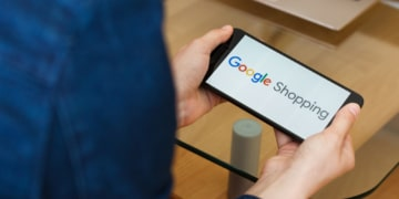 Handy mit Google Shopping