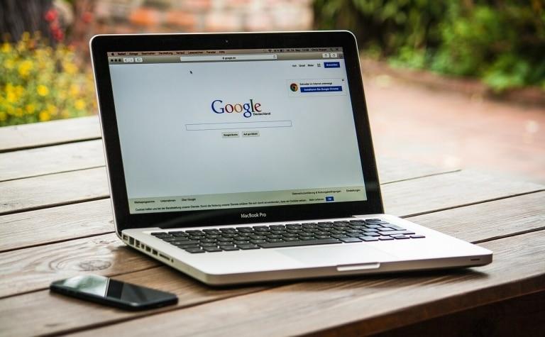 Google-Startseite-MacBook