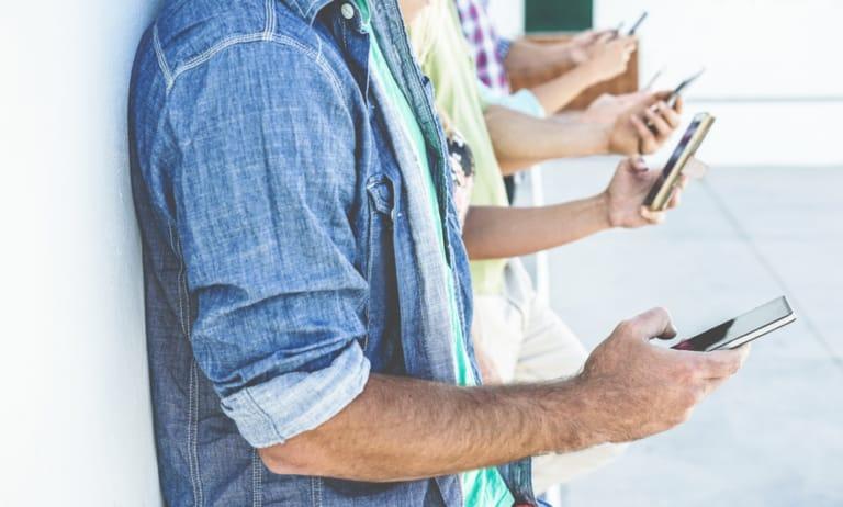 Google gibt Neuigkeiten zu Mobile First Index bekannt.