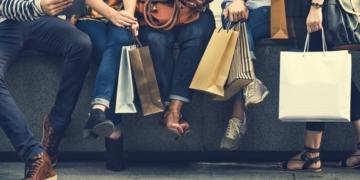 Google rollt kostenlose Shoppingeinträge aus.