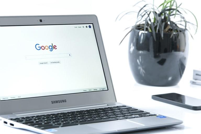 Google testet erweiterbare Sitelinks in den SERPs