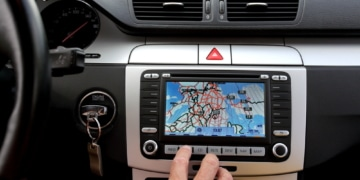 Huawei ersetzt Google Maps durch TomTom Systeme