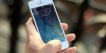 Apple verlauft Restbestände von iPhone SE