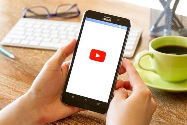Kosten YouTube Werbung Shutterstock.com Kashin