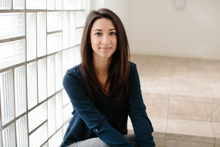 Laura Hoess ist Director Media bei der OSG und widmet sich in Ihrem Workshop der App-Vermarktung über Google AdWords und Social Media