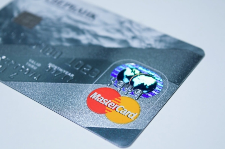 Mastercard muss eine deftige Strafe bezahlen, weil sie zu hohe Gebühren verlangt haben