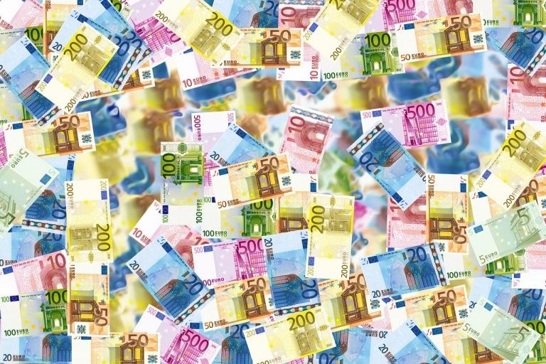 Mehr Geld von der Bundesregierung für KI