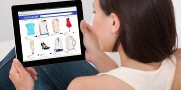 Mobile Commerce Shutterstock Andrey_Popov