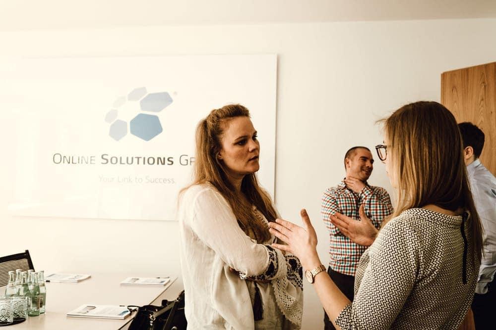 Angeregte Gespräche zwischen den Teilnehmern und den Experten der OSG.
