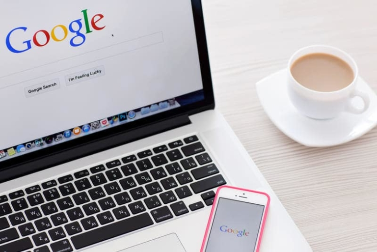 Google Suche auf Desktop und Smartphone
