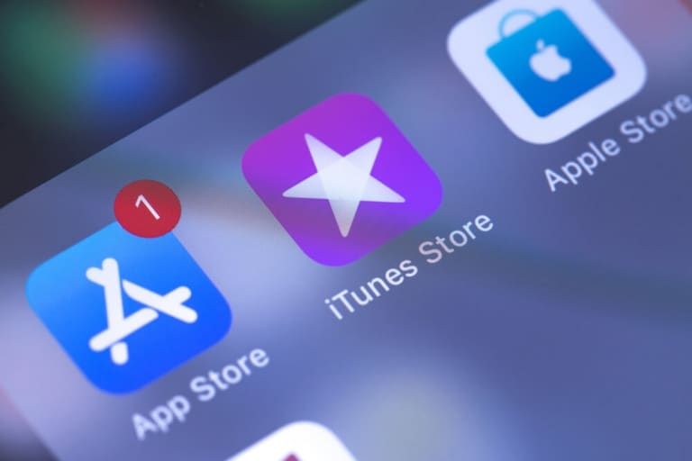 Smartphone Display-App Store