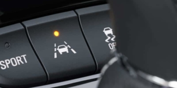 Tesla Mehr Unfälle durch Spurassistent