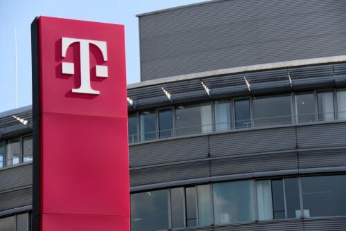 Adel Al-Saleh treibt Umbau von T-Systems voran und verkauft ein Teilgeschäft an IBM