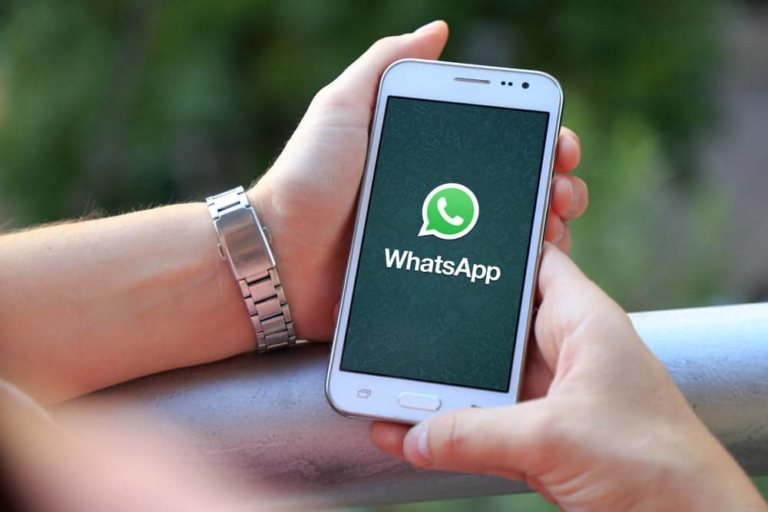 Whatsapp Hände