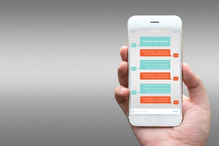 Bild eines Handychats zur Darstellung der SMS-Erweiterung in Adwords
