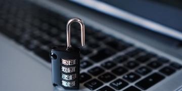 Jugendliche sehen Internet als unsicher an