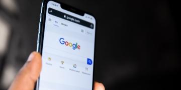 Googles Datensammlung von DuckDuckGo hart kritisiert