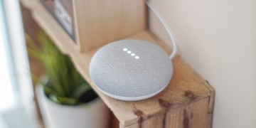 Google Smart Speaker