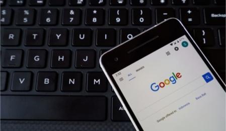 google zeigt bei Anfragen zwei featured snippets an