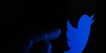 Twitter: Verifizierungsprozess bleibt problematisch – mehrere Bot-Profile erhalten blaue Häkchen